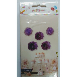 Flor de papel violeta.