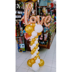 Columna LOVE dorado