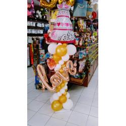 Columna tarta nupcial LOVE en dorado