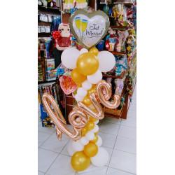 Columna con copas boda LOVE en dorado