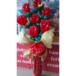 Ramo rosas rojas de globos