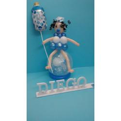 Bebé de globos rosa o azul con biberón y nombre