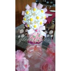 Tarta de gominolas forma flor en maceta